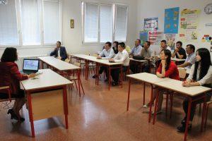 访问团一行与中意国际学校领导及教师代表举行座谈会